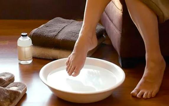 25 «медовых» рецептов в помощь больным ногам