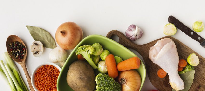 Овощи и фрукты, включенные в рацион, предотвращают потерю кальция