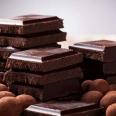 Доктор Комаровский предупредил об опасности шоколада для здоровья костей