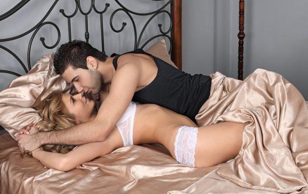 Секс укрепляет кости и мышцы
