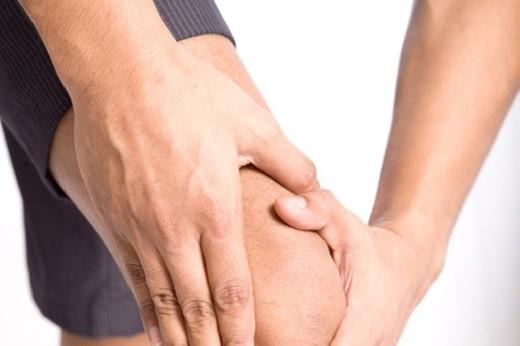 Медики объяснили, почему могут хрустеть суставы