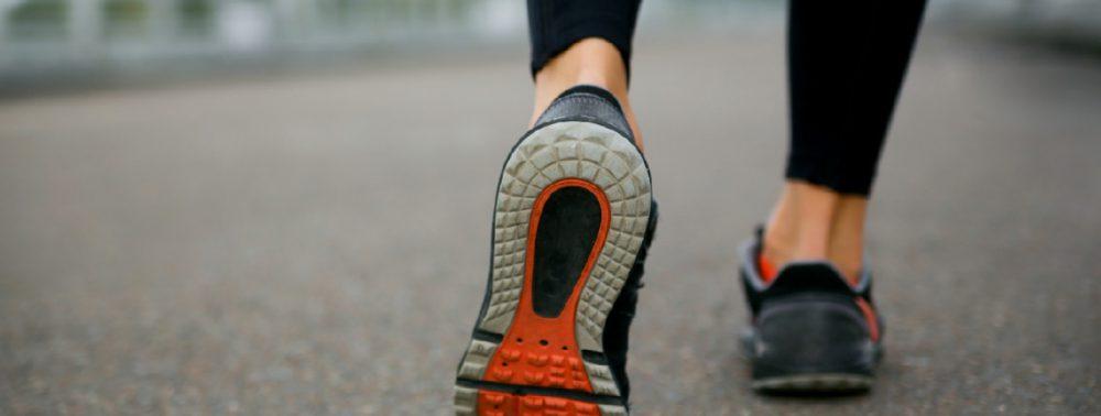 Ученые узнали, какую обувь лучше носить при коленном остеоартрите