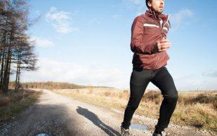 Почему ходьба или бег этой весной могут сильно навредить ногам