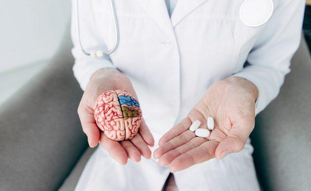 Против Альцгеймера и склероза: ученые впервые раскрыли главный фактор старения мозга