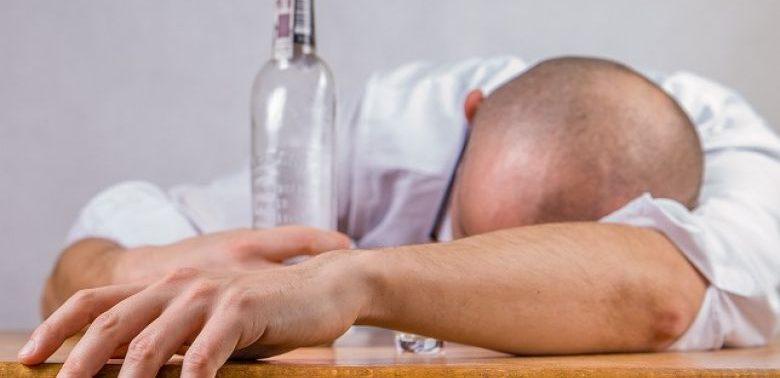 Стадии алкоголизма и когда нужен вывод из запоя