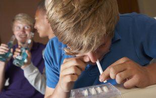 Что делать, если вы подозреваете своего ребёнка в употреблении наркотиков? 5 советов