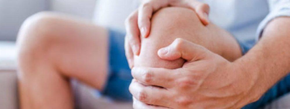 Почему по ночам начинает болеть колено