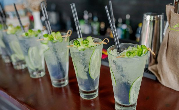 Названы напитки, обостряющие артрит
