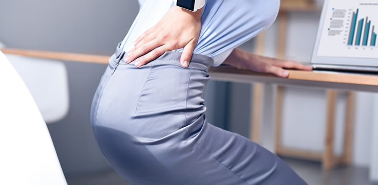 13 причин, почему у вас болит спина: способы решения проблем
