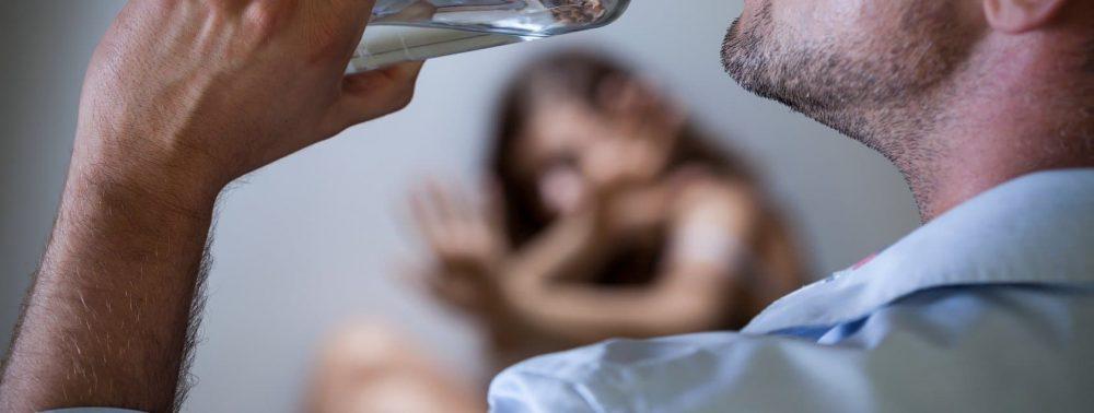 Алкоголизм: вылечить и вернуть человека в общество