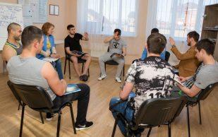 Может ли наркозависимый пройти реабилитацию в домашних условиях?