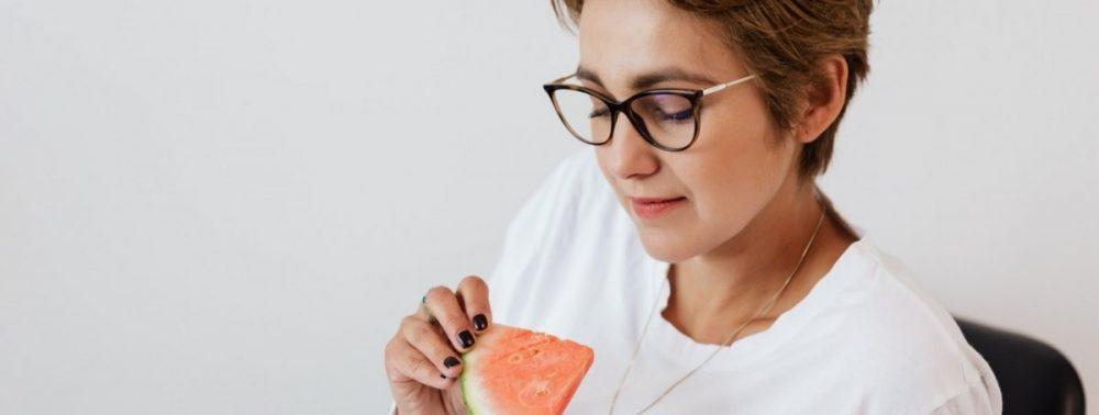 Диета при артрите: 3 лучших фрукта на завтрак, чтобы избежать боли в суставах