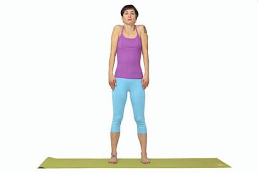 Упражнения из йоги при болях в пятках