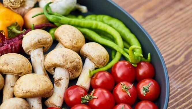6 удивительных преимуществ грибов для здоровья кожи, мозга и костей