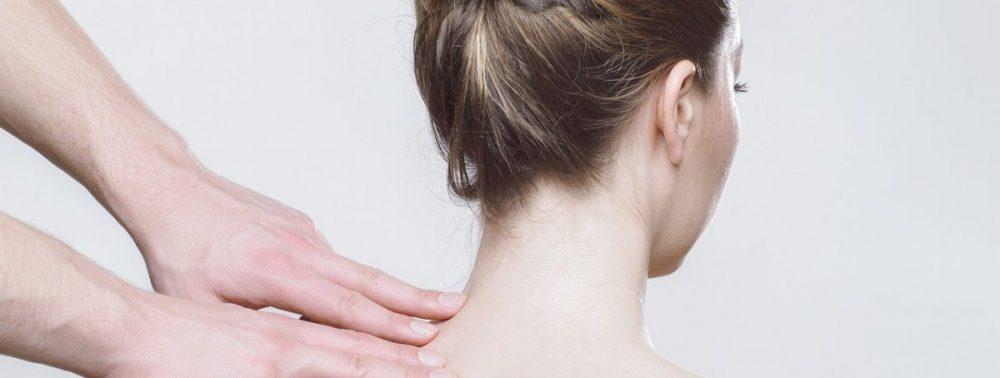 Мясников объяснил, почему ночная боль в спине может быть смертельно опасна